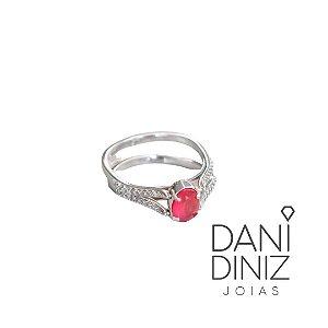 Anel dupla face cravejado com pedra na cor topázio rosa