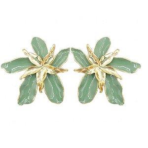 Brinco flor verde esmaltado Malu