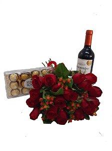 Buque com 18 rosas vermelhas, Vinho e Chocolate