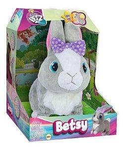 Coelhinha Betsy Club Petz Interativa Multikids BR654