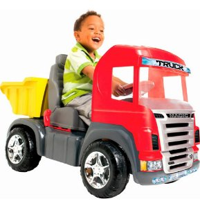 Mini Caminhão Pedal Infantil Magic Toys Big Truck C/Capacete