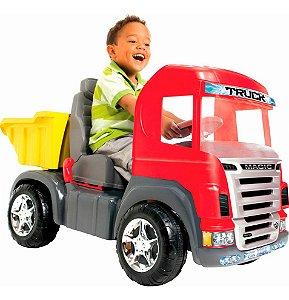 Mini Caminhão Pedal Infantil Magic Toys Big Truck C/Capacete