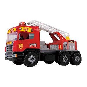 Caminhão Super Bombeiro c/capacete Sirene e luzes Magic Toys
