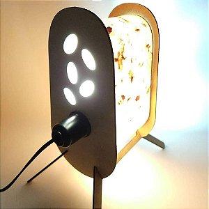 Luminária de mesa Célula