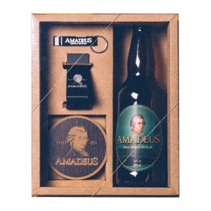 Kit Craft 1 Cerveja Pale Ale Amadeus 500mL + 1 Chaveiro Abridor de Garrafa + 1 Abridor de Parede + 1 Bolacha