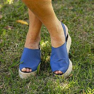 Sandália Flatform Girardis em Couro Azul