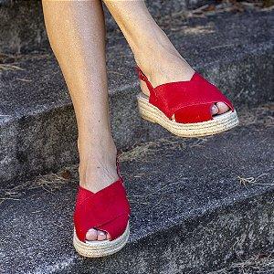 Sandália Flatform Girardis em couro Camurça Vermelha
