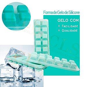 Kit com Três 03 Formas De Gelo Com Tampa Fundo De Silicone Prática 26cm Plasvale Enche Fácil