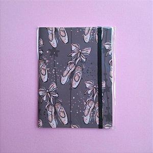 Caderno Sapatilhas Nude