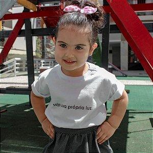 Camiseta Infantil Luz Branca