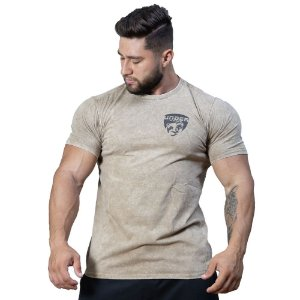 T-SHIRT UNDER ARMY SHIELD
