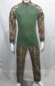 Calça e Combat t-shirt Marpat Orange
