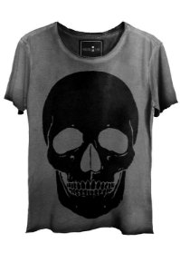 Camiseta  Estonada Gola Canoa Corte a Fio Black Skull