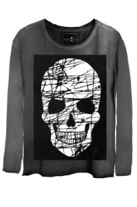 Camiseta Estonada Gola Canoa Manga Longa Skull Risk