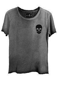 Camiseta Estonada Gola Canoa Corte a Fio Caveira Caveira Bolso