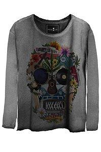 Camiseta Estonada Gola Canoa Manga Longa  Scared Skull