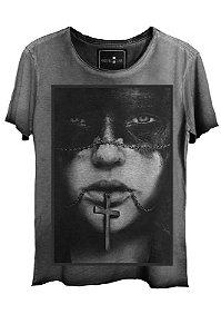 Camiseta  Estonada Gola Canoa Cross Corte a Fio