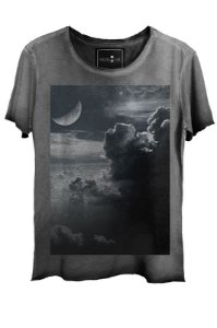 Camiseta  Estonada Gola Canoa  Clouds Corte a Fio