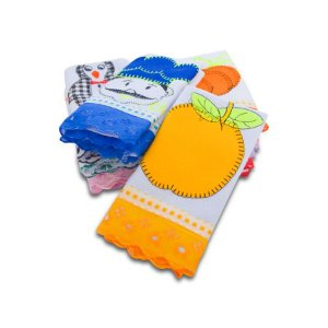 PANO DE PRATO APLICADO (Confeccionado em tecido de algodão grosso de alta gramatura, com bordados, enxuga com facilidade.)