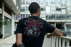 Camiseta Japas Haiboru Preta