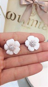 Brinco Flor branca