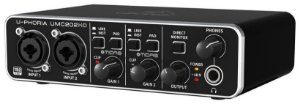 Interface de Áudio Behringer U-Phoria UMC202HD Midas USB