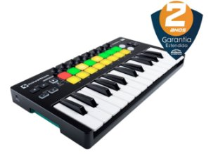 Teclado Controlador Novation LaunchKey 25 Mini MKII 25 Teclas