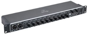 Interface de Áudio Behringer U-Phoria UMC1820 USB