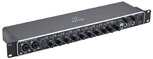 Interface de Audio Behringer U-Phoria Umc1820