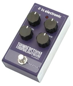 Pedal de Efeitos TC Electronic Thunderstorm Flanger para Guitarra