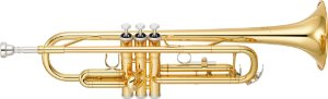 Trompete Yamaha YTR3335 Bb com Case