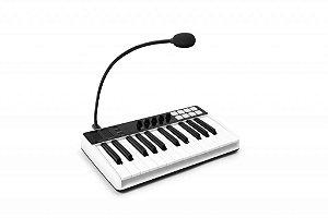 Teclado Controlador Ik Multimedia Irig Keys I/O 25 Teclas com Microfone