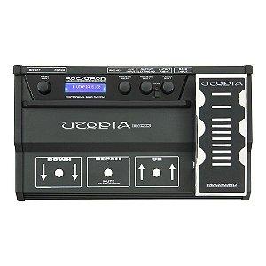Pedaleira Multi-Efeitos Rocktron Utopia Bass B100 para Contrabaixo