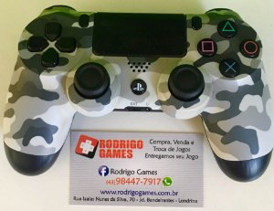 Controle PS4 ( USADO )