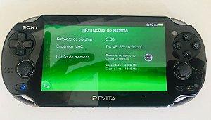 Console - Ps vita com cartão de 4GB 3 jogos na memória e 1 Fisico ( USADO )