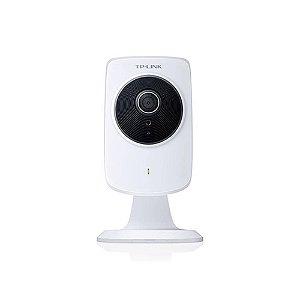 Câmera Cloud com Visão Noturna Wi-Fi 300Mbps NC220 - TP-Link