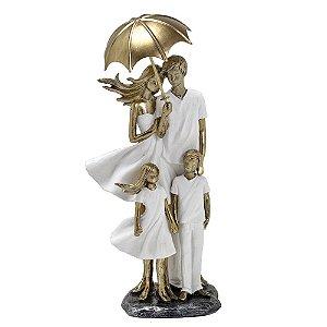 Estatua Decorativa Pais E Filhos Guarda-chuva Resina Mabruk