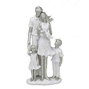 Estatua Família Decorativa Pais E 3 Filhos Em Resina Mabruk