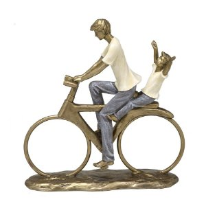 Estatua Decorativa Pai Filho Passeio Bicicleta Resina Mabruk