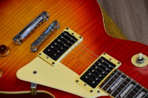 Guitarra Epiphone Les Paul Classic Cherry Sunburst
