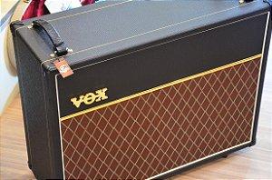 Caixa VOX V212 Celestion Greenback G12M
