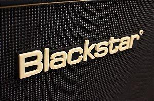 Caixa Blackstar HTV212