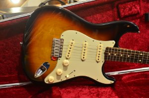 Guitarra Fender Stratocaster Kenny Wayne Shepard Signature