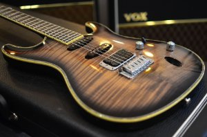 Guitarra Ibanez SAS36 FM Neck Thru