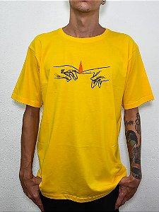 Camisa Tshirt Remix - Amarela