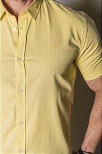 Camisa de Manga Curta linho amarelo