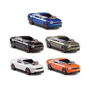 Carro Legends Mustang Motor Action 4686 OMG