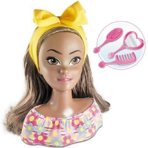 Boneca Busto Cinty Styling Head com Acessórios Negra 602 Milk