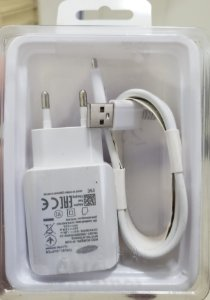 CARREGADOR  COM SAIDA USB   V8  30W