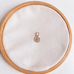 Pingente de Prata Mini Medalha São Bento Banhado em Ouro Rosé
